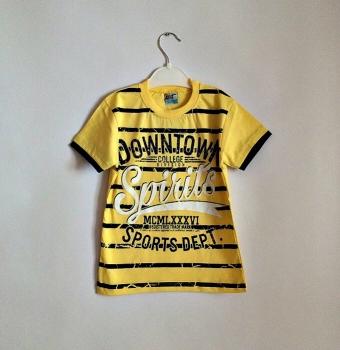 Яркая летняя футболка